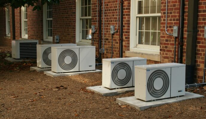 Wellington New Air Conditioning Unit Installation and Repair Services-We do Air Quality Testing, AC Control, Residential Air Conditioning, Commercial HVAC Services, New AC System Design and Installation, Monthly AC Maintenance, HVAC UV Lights, Air Sterilization UV lights, HVAC UV light installation, and more